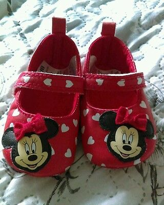 Baby girl Minnie Mouse shoes 3-6 months