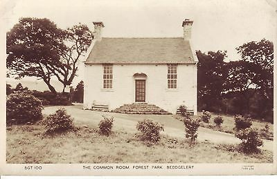 BEDDGELERT,  The Common Room, Forest Park. 1930s Friths Card GC