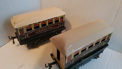 VINTAGE Traing Hornby TINPLATE MODEL RAILWAY O Gauge Pullman Carriages x 2