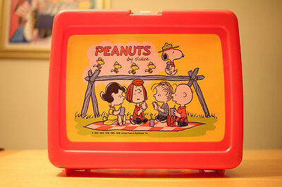Vintage Thermos 1960's Vinyl Red PEANUTS SNOOPY Lunchbox