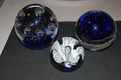 3 x large Blue Controlled Bubble Paperweights