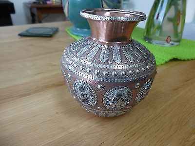 Vintage Indian water container/pot.. lovely decoration (with damage)