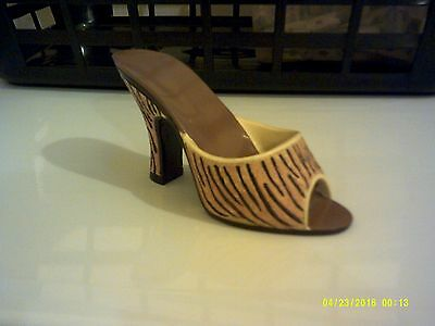 ladies shoe ornament