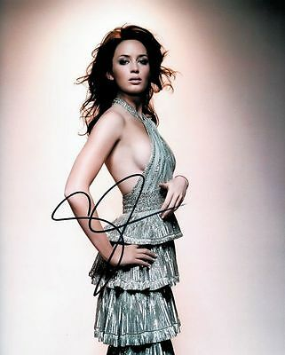 Emily Blunt Signed Photo Aprox 10X8 Copy (1)