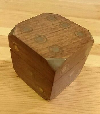 Wooden Dice Box with 4 wooden dice inside