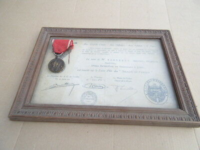 ORIGINAL WW1 FRENCH MEDAL and Decoration Diploma Verdun Chasseur a Pied Soldier