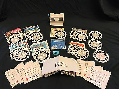 Vintage 1970's GAF View Master with 22 View Master Reels Sides GUC