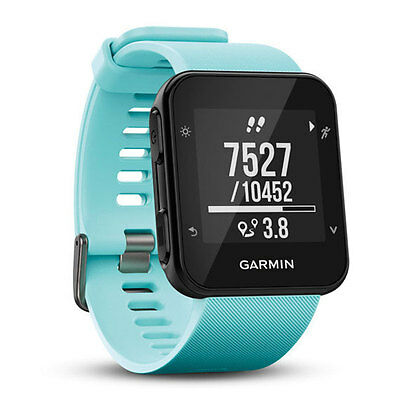 Garmin Forerunner 35 GPS Running watch with Wrist-based Heart Rate Frost Blue
