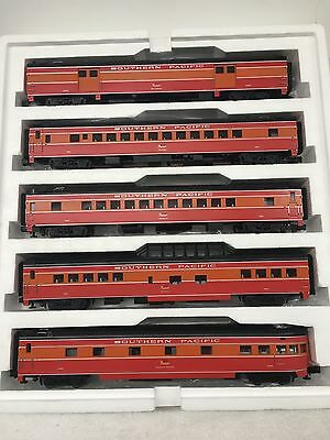 Mth Southern Pacific Daylight 5-Car 70' ABS Passenger Set- smooth