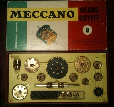 Meccano Gear Outfit B with instruction manuel boxed