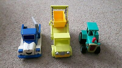 Bob the builder vehicles - Travis + 2 other vehicles.