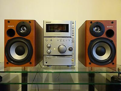 Sony CMT-CPX11 Compact Hi-Fi System - MP3 - Tape - CD-R/RW - FM/AM - CD TEXT