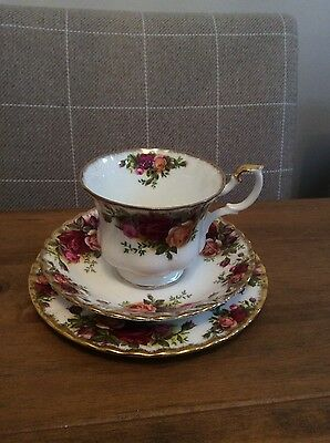 Royal Albert Old Country Roses Cup, Saucer and Plate Trio