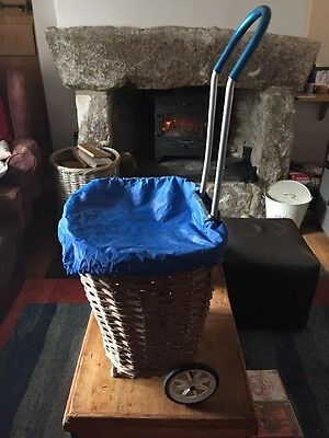 VINTAGE WICKER SHOPPING TROLLEY/LOG BASKET ON WHEELS WITH METAL HANDLE & Cover