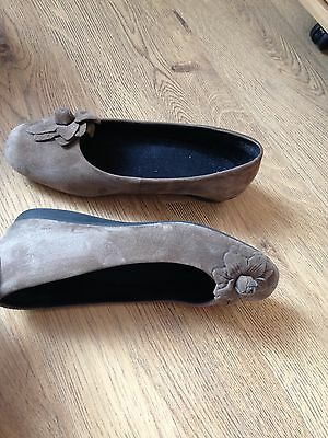 Ladies Brown Leather Suede Slip On Shoes  Size 5.5   Eu 38.5