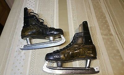 Vintage New English Ice Skates - Eur 43 made in Hungary.Look for my other items