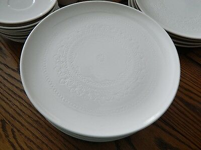 """Syracuse China Carefree Calypso 10"""" Dinner Plate in Surf White Exc Condition"""