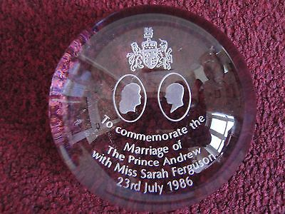 Royal Wedding - Prince Andrew & Sarah Ferguson Glass Paperweight / Magnifier