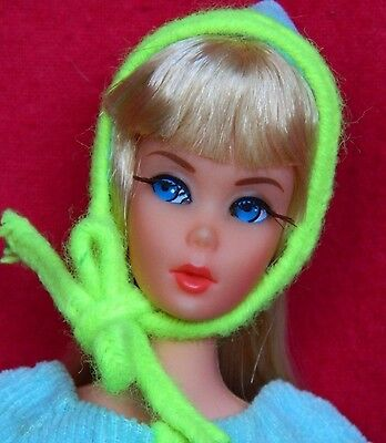 VINTAGE MOD BLONDE DRAMATIC NEW LIVING BARBIE DOLL w/ NOW WOW! OUTFIT