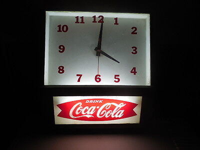 Rare Vintage 1950's Coca Cola Lighted Fishtail Sign Lightup Clock