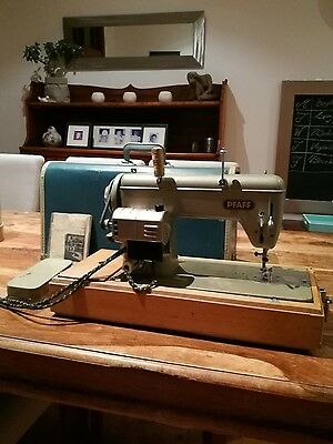 Pfaff Retro Vintage Antique Sewing Machine With Accessories Great Condition
