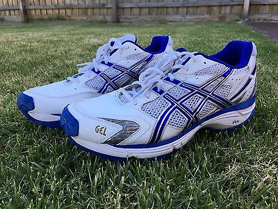 Asics Cricket shoes runners Gel Hardwicket 5 worn once in box Size 11.5