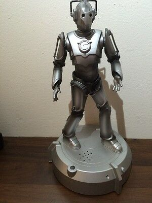 Dr Doctor Who Cyberman Animatronic Room Guard moving talking figure lights
