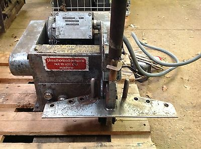 Hydraulic Hose Saw / Cutter With F7 Filtermist Filter Extractor. 3 Phase