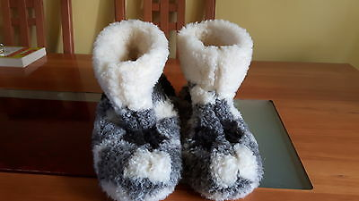 Matalan mens size 11 grey/white bootee slippers