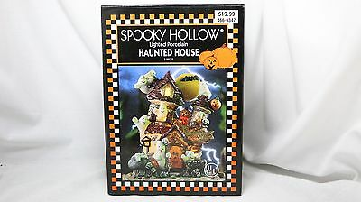 1999 Spooky Hollow Lighted Porcelain Haunted House