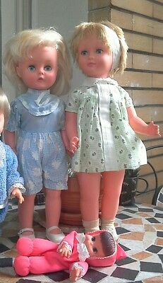 lotto bambole made in England e in polietilene anni 70 old doll vintage