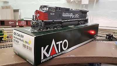 KATO C44-9W Southern Pacific #8110 (#37-6621) DCC Fitted with Lights and Sound