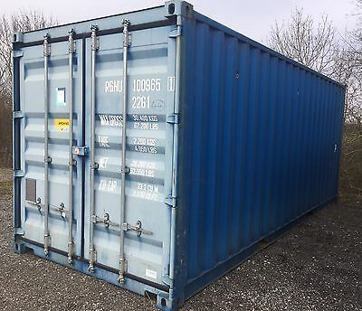 Insulated Shipping Container 20 ft - Electric, Heater + Shelving DERBY DE73