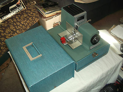 Vintage Argus 500 Automatic Slide Projector 4 In f3.3 Lens w/ Case