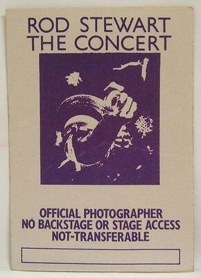 ROD STEWART THE CONCERT OLYMPIA - VINTAGE ORIGINAL REAL 1970's BACKSTAGE PASS