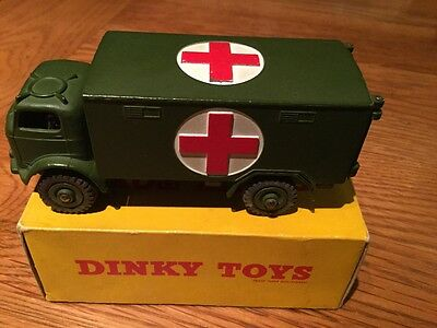 Vintage Dinky Toys Model No 626 Military Ambulance Boxed