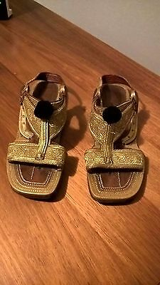 Leather and gold embroidered Punjabi sandals size 8 or 38 for men or women