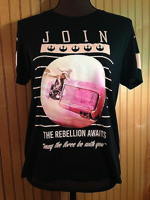 Women's M Star Wars Graphic Tshirt ��% Cotton Doe The Rebellion Awaits NWOT