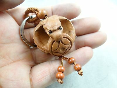 31*33MM Hand-carved Bat money Wooden Crafts, Key Chain, Key Ring