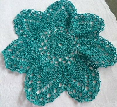 VINTAGE DARK TEAL GREEN HAND CROCHETED  PINEAPPLE SMALL DOILEY 22cms across