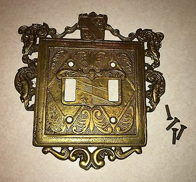 VINTAGE SOLID BRASS DOUBLE LIGHT SWITCH PLATE COAT OF ARMS ORNATE w/screws