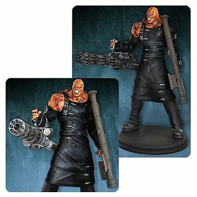 Resident Evil Nemesis Colossal 1:4 Scale Statue