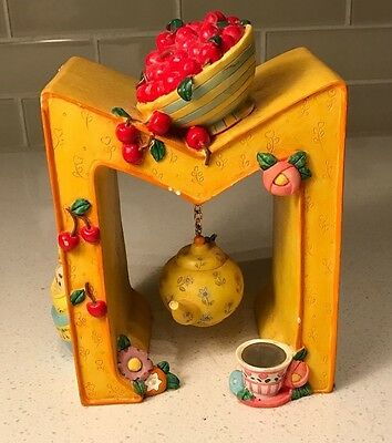 Mary Engelbreit 1998 Enesco Letter M Figurine Bookend Yellow