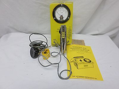 Victoreen Cdv-700 Model 6A Geiger Counter  Radiological Survey Meter (60834)