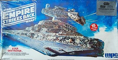 Vintage Star Wars Star Destroyer model kit. MPC 1980.