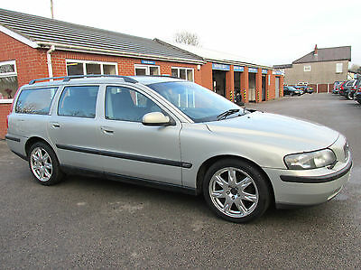 Volvo V70 2.4 D5 SE, TURBO DIESEL AUTOMATIC ESTATE WITH LEATHER TRIM