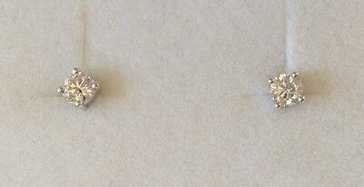 Diamond stud earrings - 0.30ct GVS 2. -  new and unwanted gift