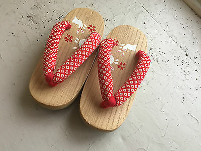 Kids Authentic Japanese Geta /  childrens Wooden Sandals / 16.5cm 3-4 years