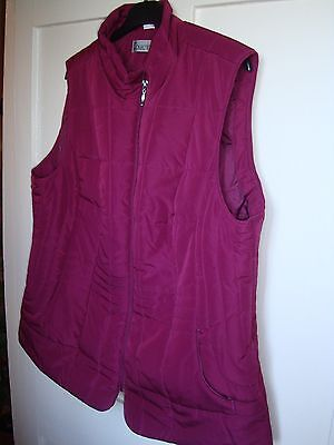 Burgundy red wine coloured size 20 womens quilted gilet