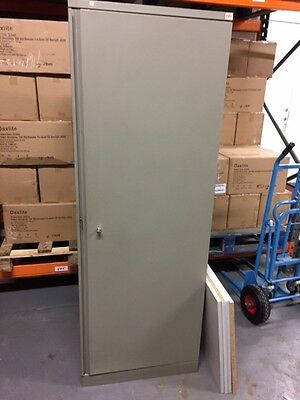 6FT TALL METAL STEEL CABINET WITH LOCKABLE Key